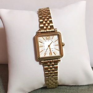 NWT Marc Jacobs Vic gold time ladies watch